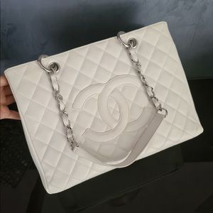 Chanel Shopper Medium Bag